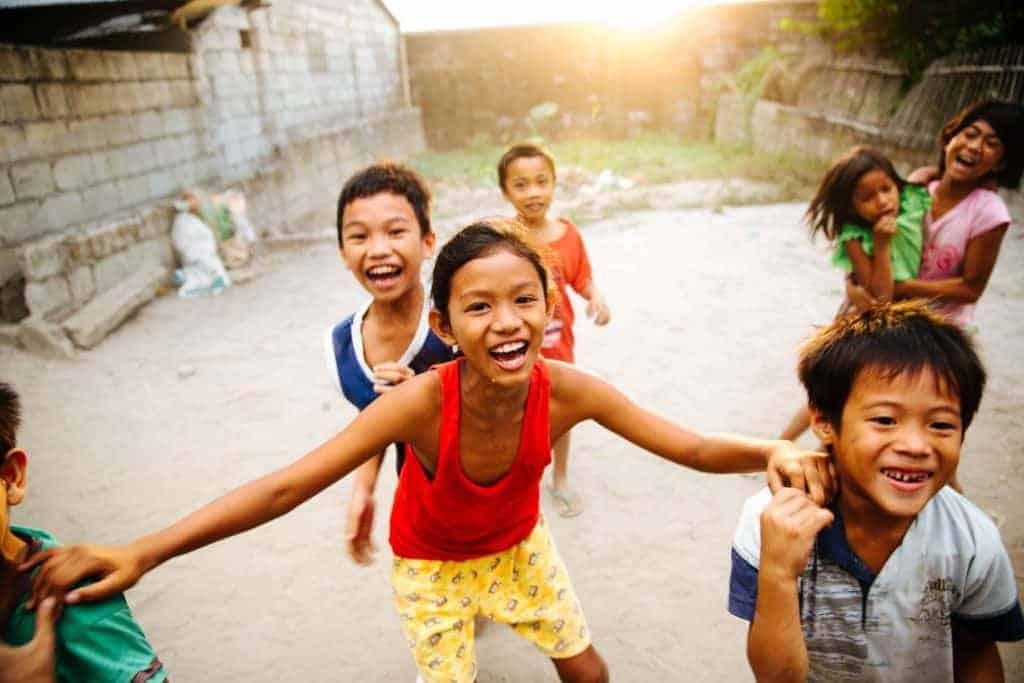 Braziliaanse kinderen spelen - Care For Brazil